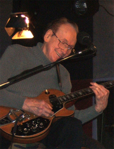Les Paul On Stage